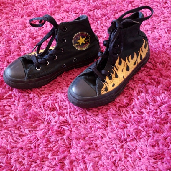 1043cfe42afe9 Little Boys Converse All Star Chuck Taylor Flame